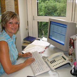 Angelika Schulz bei der Arbeit