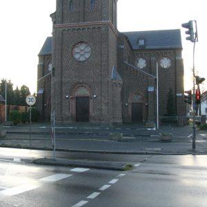Sinnersdorf Kirche Ortskern