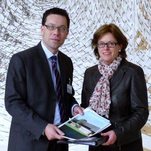 Ministerin Ute Schäfer + Dierk Timm