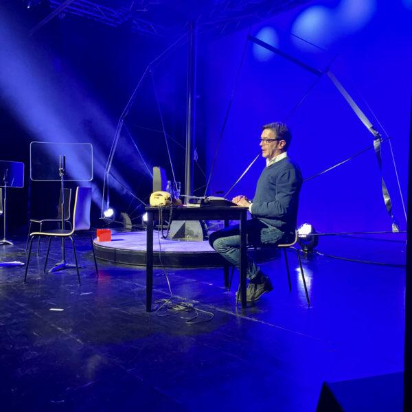 Michael Vetter auf der Bühne des Walzwerks
